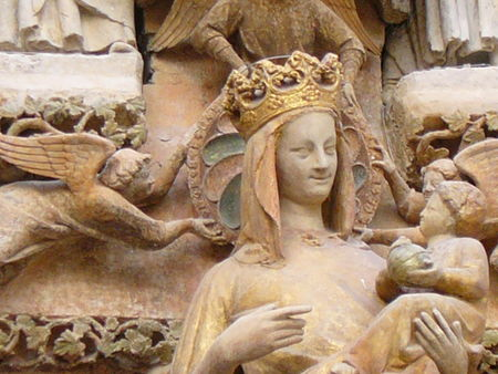 amiens_cathedrale_vierge_doree_detail