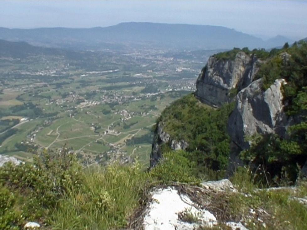 Roc de Tormery 1135 m depuis Nécuidet -Parc naturel régional des Bauges