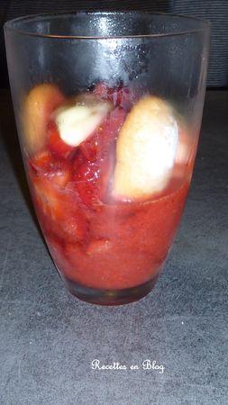 coupes_de_fraises_lemon_curd_cr_me_de_cassis2