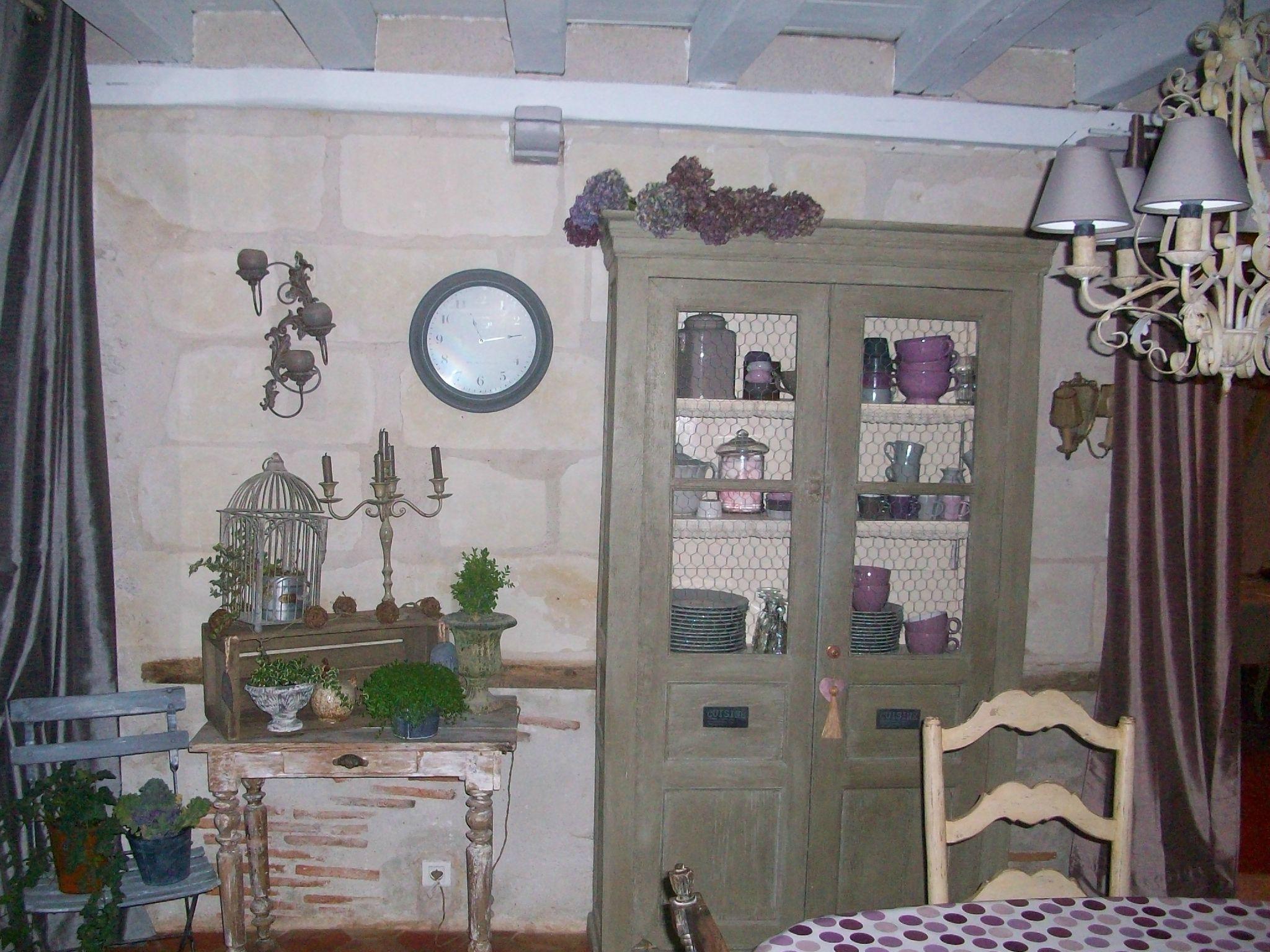 La cuisine en blanc et gris annartiste - Cuisine peinte en blanc ...