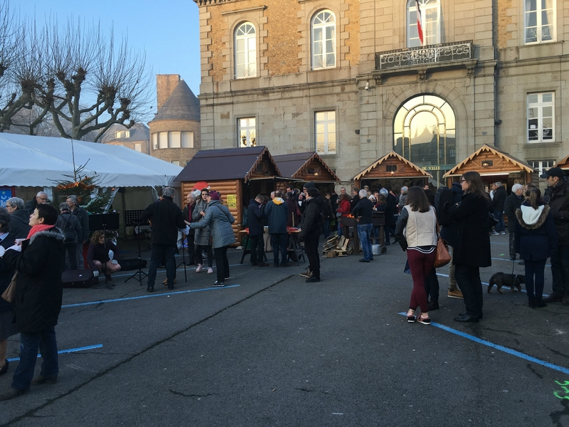 marché noel Avranches village Manche 2016