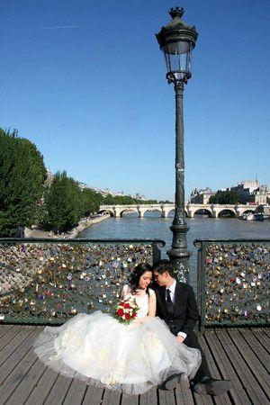 10-mariés Pont des Arts_7667