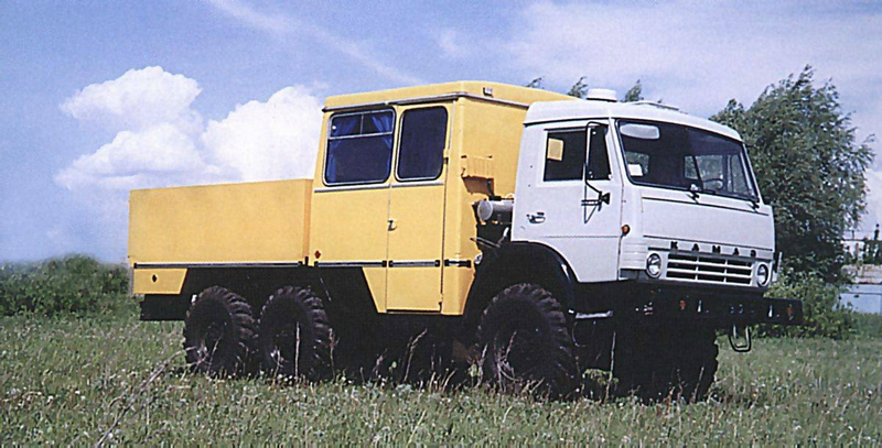 kamaz-4208-03