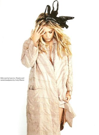 Mary_Kate_on_Elle_UK_August_2008