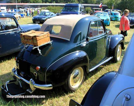 Simca 6 découvrable de 1949 (Auto Retro nord Alsace Betschdorf) 02