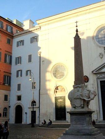 Rome piazza santa maria sopra minerva elephant du Bernin mai 2012