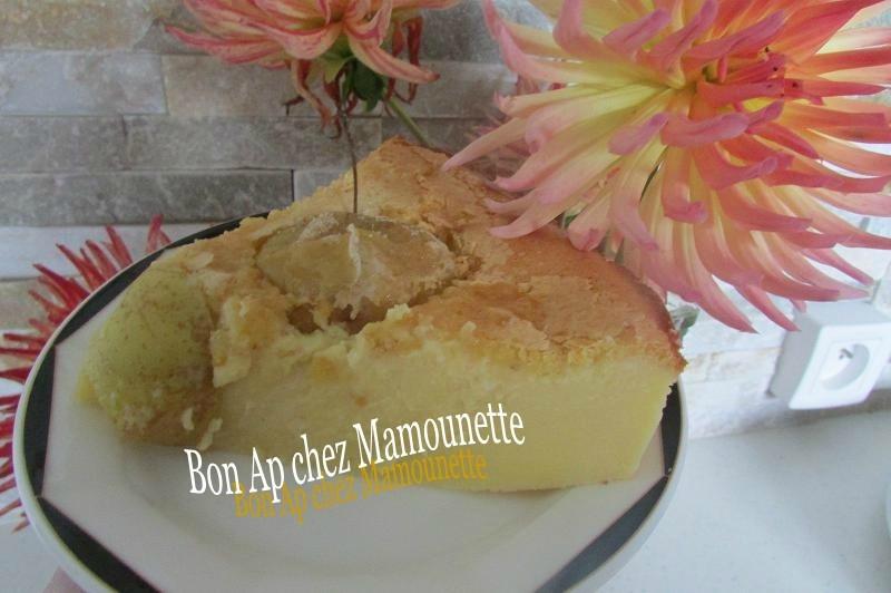 gâteau aux pommes de mon verger mascarponé et amandé 014