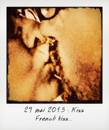 29-kiss_instant