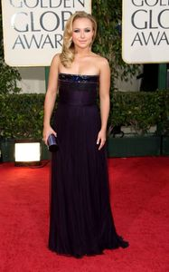 hayden_panettiere_arrives_at_the_66th_annual_golden_globe_awards_03_122_181lo