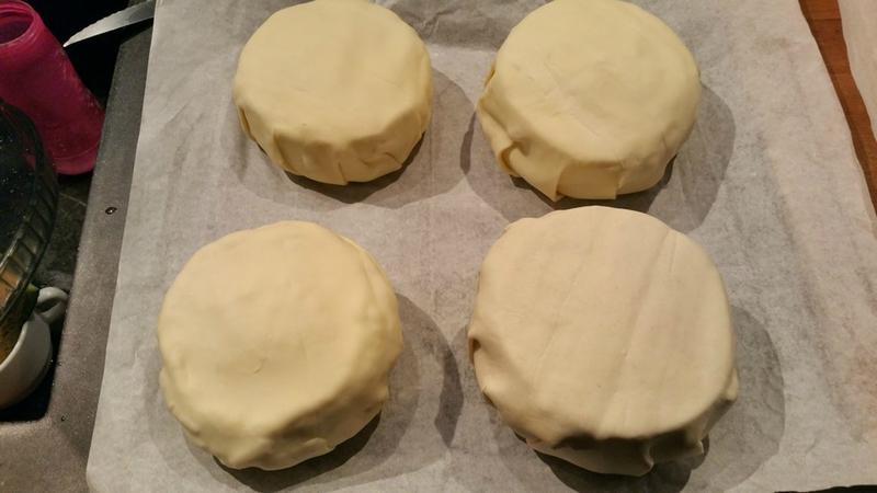 camembert en croute aux lardons et pomme de terre 1