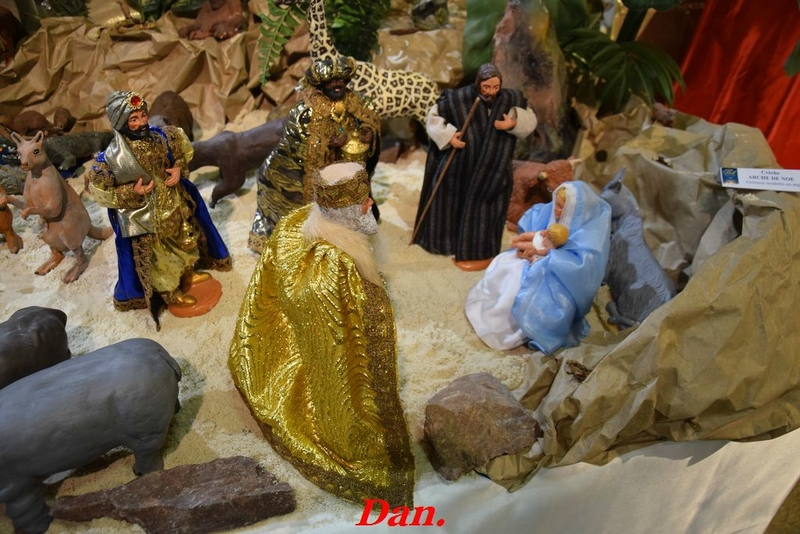 crèche de l'Arche de Noë en argile (2)