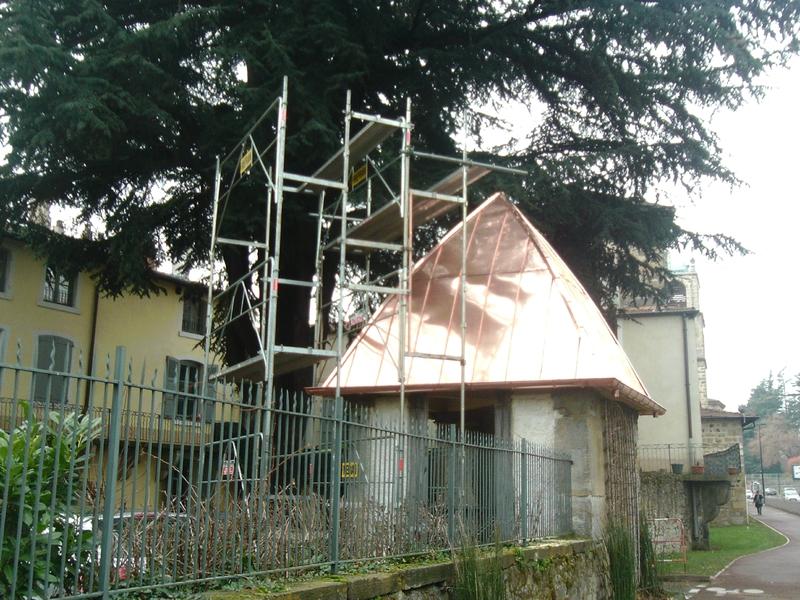 toit conique en cuivre (7)
