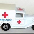 041 MB38 Ambulance 4