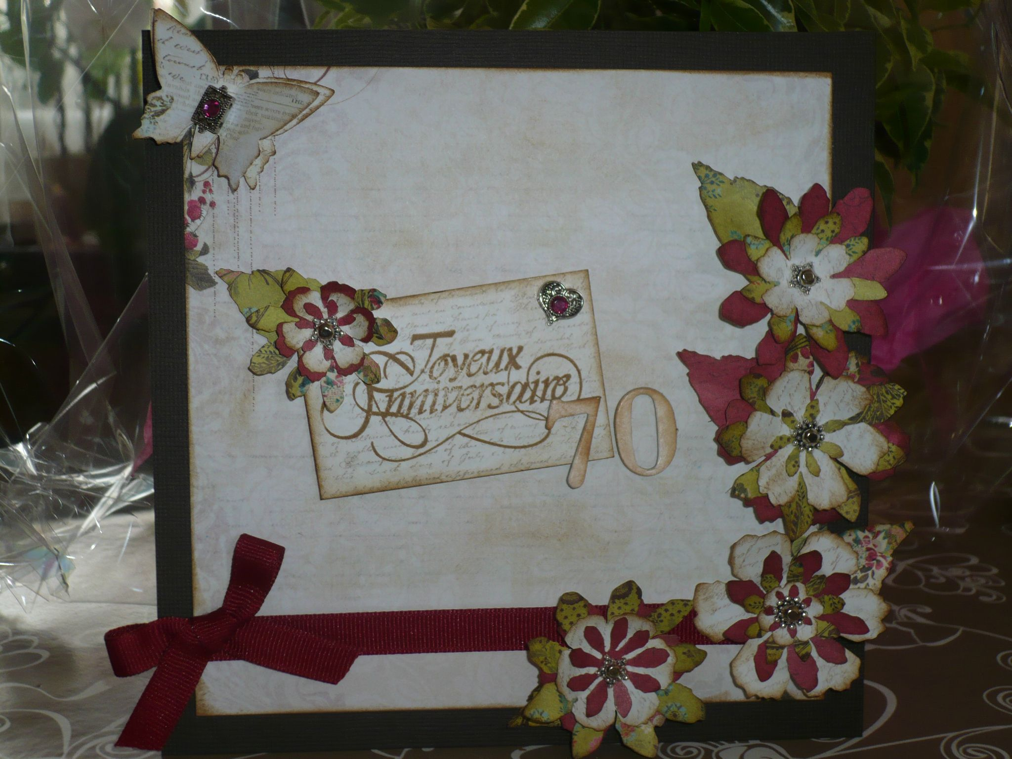 Scrapbooking carte anniversaire 70 ans for Idee deco 70 ans