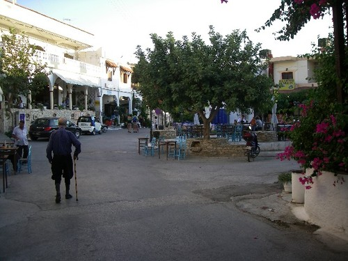 Place du village - Pitsidia