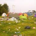Dour au petit matin du lundi camping F