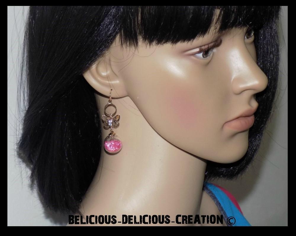 Boucles d'oreilles !! BUTTERFLY BUBBLES !! en metal et Verre garnie de perles rose T: 4.5cm long BELICIOUS-DELICIOUS-CREATION
