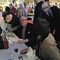 Jean marie le pen acclamé en vendée devant une salle comble de 400 personnes: info video ouest-france.