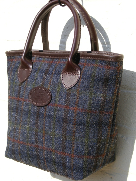 Rodel%20Navy%20Harris%20Tweed