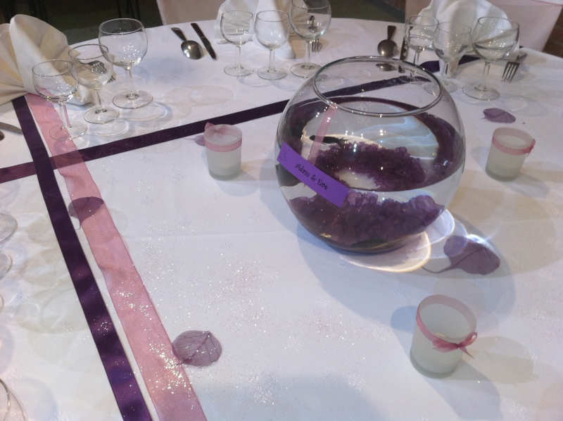 Centre de table poissons violet vieux rose photo de for Nappe centre de table