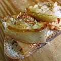 Tartine kimchi poitrine porc grillé