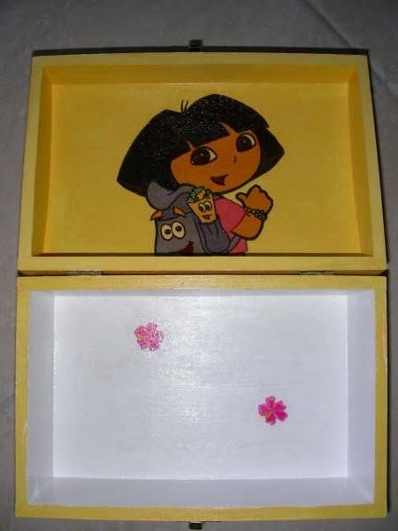 Boite Dora pour ma Filleule Yohanna (5ans)