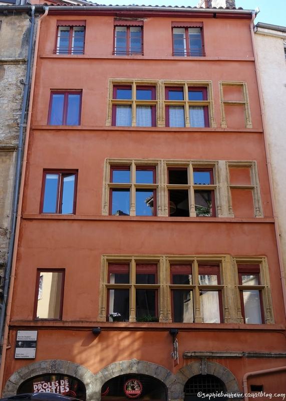 VL façade