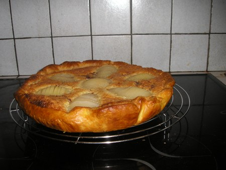Tarte_poires__pralinoise_et_frangipane