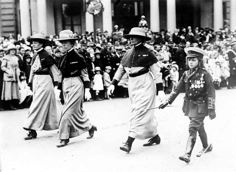 Nurse au défilé de la Victoire à Londres