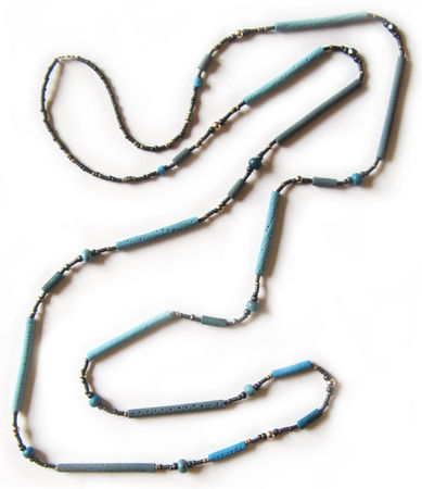 Collier_Long_Bleu_250411