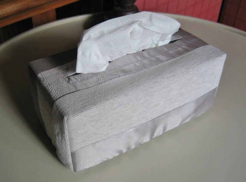 boite à mouchoirs 018