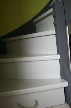 Escalier peint n 17 l 39 atelier for Photo escalier peint blanc gris