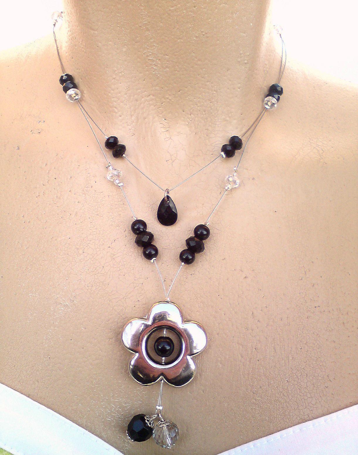 collier fleur simple