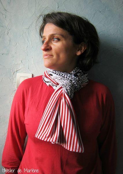Foulard blanc-rouge