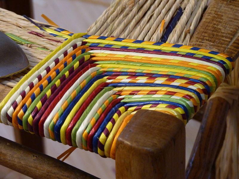 les premiers tours l 39 galisation cannage rempaillage de chaises en ameublement formation. Black Bedroom Furniture Sets. Home Design Ideas