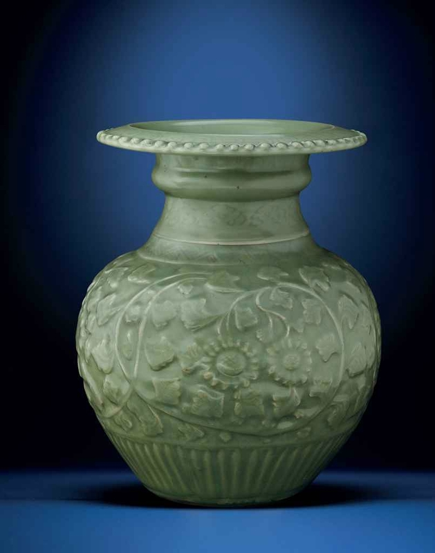 A very rare early Ming Longquan celadon globular 'chrysanthemum' vase, Ming dynasty, 14th-15th century
