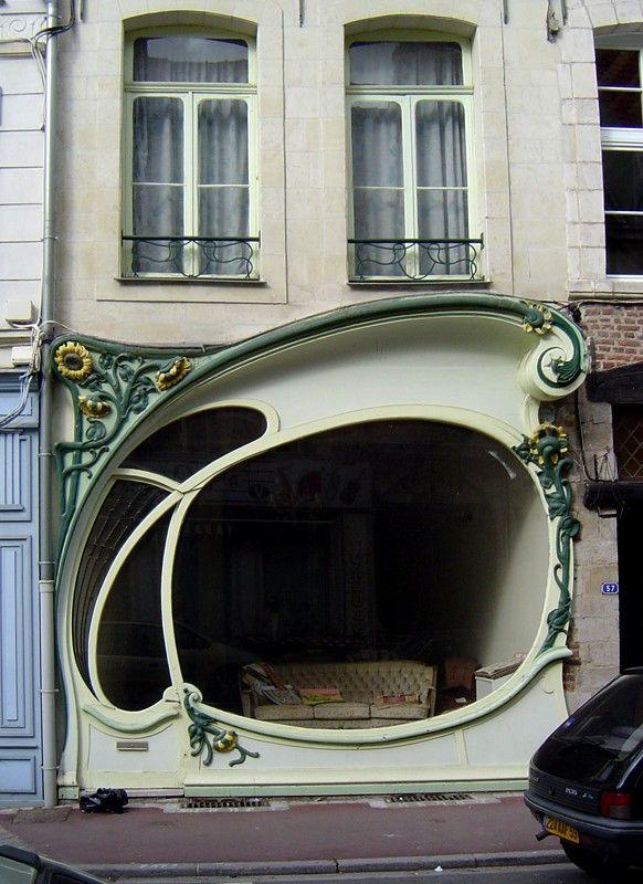 Beliebt Devanture extraordinaire dans une rue de DOUAI - cool front shop  UO12