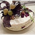 Brie farci au mascarpone, cranberries, noix, raisin blanc et roquette.....