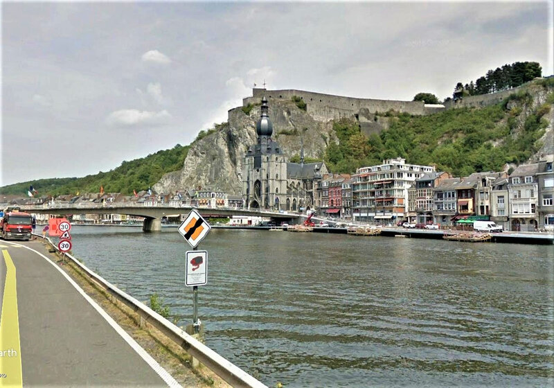 Vue Street View Dinant