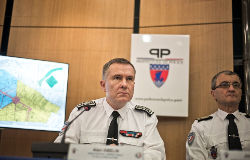 960x614_alain-gibelin-centre-lors-conference-presse-organisee-prefet-police-cadre-festivites-saint-sylvestre-30-decembre-2016