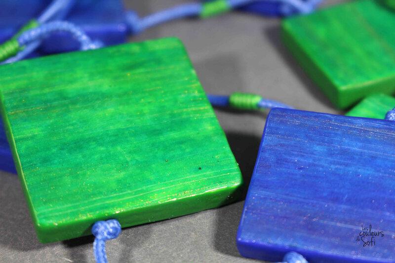 S bleu et vert
