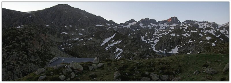 J2 10 Pyrenees Glere aube 270614 GA