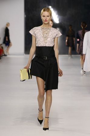 defile-dior-collection-croisiere-2014-26