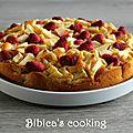 Gâteau au mascarpone, aux pommes et aux framboises