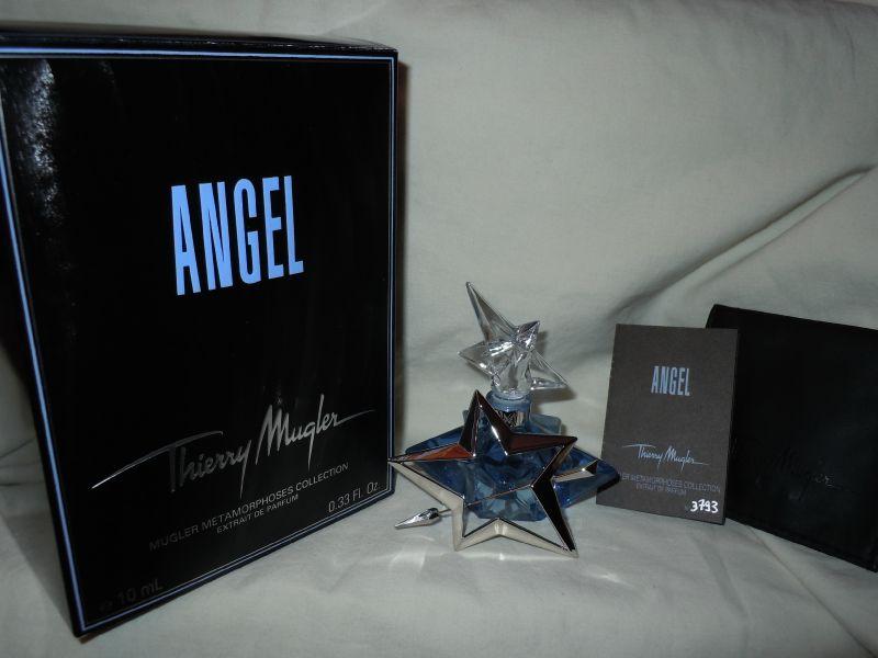 MUGLER-ANGEL-MUGLERMETAMORPHOSESCOLLECTION-3