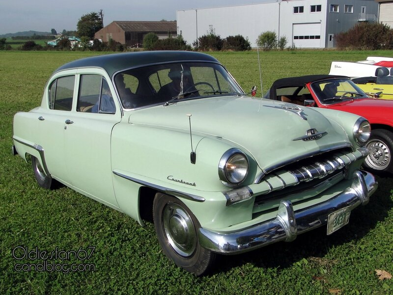 plymouth-cranbrook-sedan-1953-01