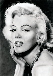 Marilyn_Monroe_Portrait_Illustration_10