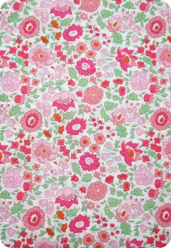 Tissu Liberty rose et vert d'Anjo