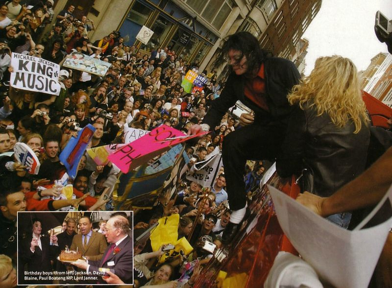 michael-attends-a-demonstration-against-sony-music(149)-m-4