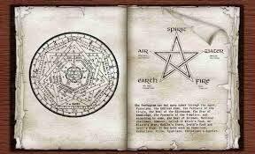 Diverses formules magiques très puissante